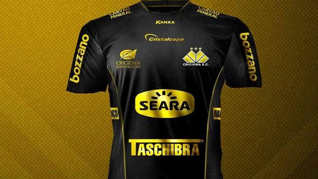 8db1e25bfb Camisa dos 65 anos do Criciúma vira ingresso para jogo contra o ...