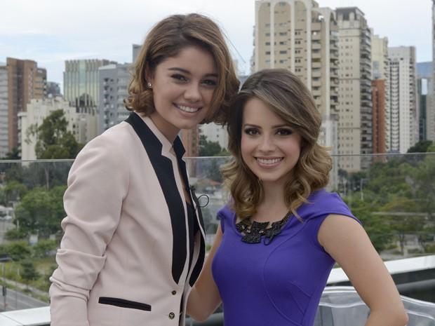 Ao lado de Sophie Charlotte, Sandy gravou participação em Sangue Bom (Foto: Bob Paulino / TV Globo)