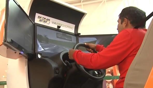 O simulador fica à disposição do público até sábado (23) no Via Verde Shopping (Foto: Amazônia TV)