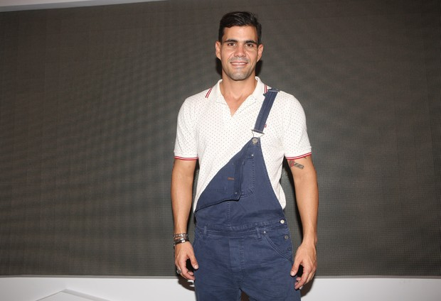Juliano Cazarré (Foto: Iwi Onodera / EGO)