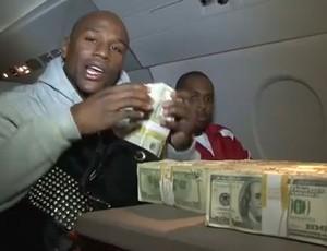 Floyd Mayweather 1 milhão de dólares (Foto: Reprodução / youtube)
