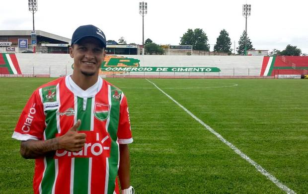Souza é apresentado como jogador do Passo Fundo