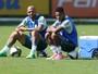 Felipe Melo tem bom relacionamento com todos jogadores, diz Tchê Tchê