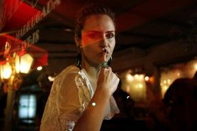 Ex-BBB Ana Paula em festa em restaurante na Zona Oeste do Rio (Foto: Marcos Serra Lima/ EGO)