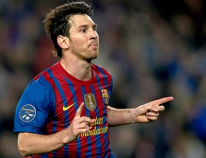 Messi comemora gol do Barcelona contra o Milan (Foto: Getty Images)