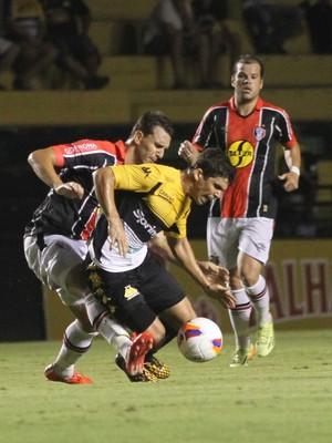 Natan Guti tiago Luiz Criciúma Joinville (Foto: Fernando Ribeiro / Criciúma EC)