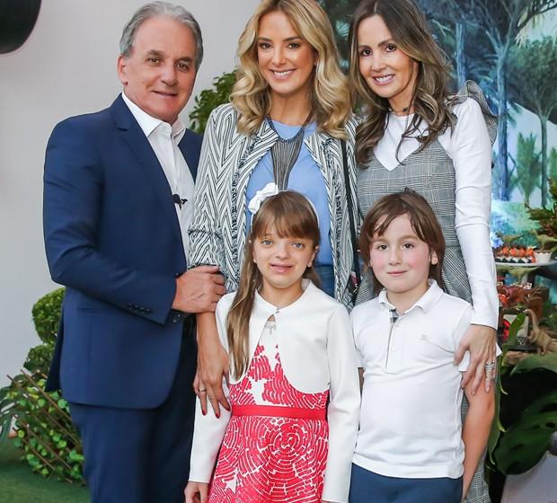 Otávio Mesquita, Ticiane Pinheiro, Melissa Wilman, Rafaella Justus e Pietro Mesquita (Foto: Manuela Scarpa/Brazil News)