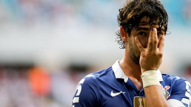 Pato gol Corinthians (Foto: Rodrigo Coca / Ag. Estado)