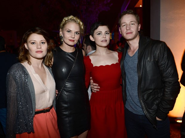 Emilie de Ravin, Jennifer Morrison, Ginnifer Goodwin e Josh Dallas (Foto: Getty Images)