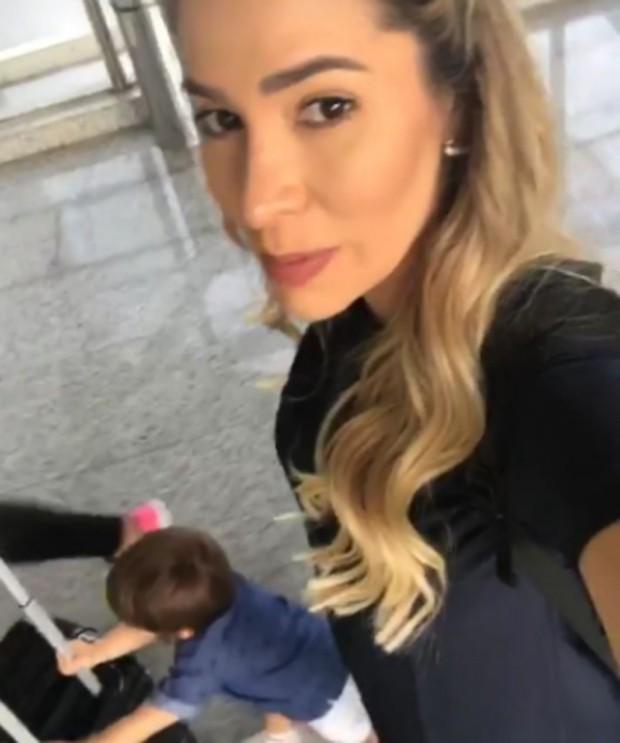Adriana Sant'Anna no aeroporto em Campinas (Foto: Reprodução/Instagram)