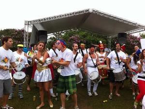 Bloco Chega Mais aconteceu na tarde deste sábado (15) na Vila Madalena, em SP (Foto: Letícia Mendes/G1)