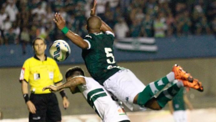 Goiás x Coritiba - Série A 2015 (Foto: Rosiron Rodrigues / Goiás E.C.)