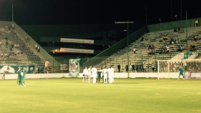 Goiás empata com Gama no Bezerrão e vê adiada definição sobre campeão