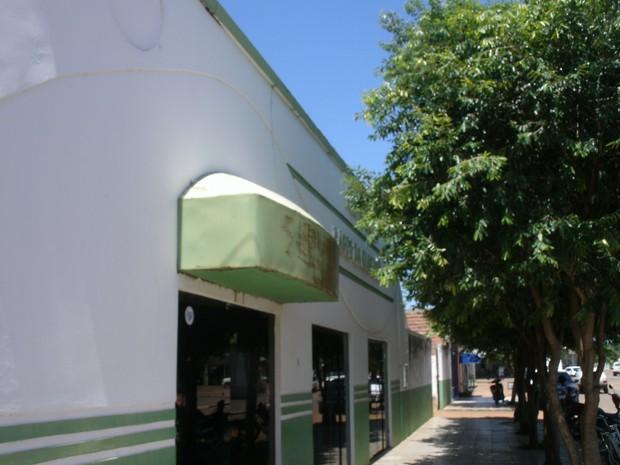 Prédio da prefeitura vai a leilão na próxima segunda-feira (7) (Foto: Zacarias Martins/Prefeitura de Lagoa da Confusão)