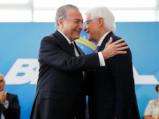 O presidente Michel Temer, durante a posse do novo ministro da Secretaria Geral, Moreira Franco