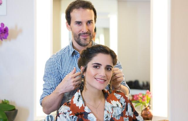 Marcos Proença ensina dois penteados para festas e casamentos. (Foto: Rafael Avancini)