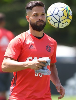 Diego treino Flamengo (Foto: Gilvan de Souza/Flamengo)