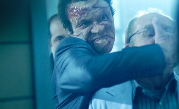 Com rosto desfigurado, Billy adota novo apelido e vai atrás do Justiceiro (Foto: Divulgação / Reprodução)