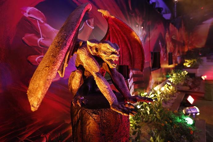 Demônio também faz parte da decoração da balada BBB16 (Foto: Raphael Dias/Gshow)