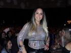 Mulher Melão lança moda em show de Zeca Pagodinho no Rio