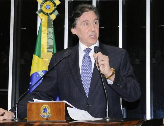 Eunício Oliveira (PMDB-CE), líder do partido no Senado (Foto: Waldemir Barreto / Agência Senado)