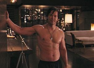 Mark Whalberg aparece sem camisa em todas as cenas do seu personagem (Foto: Divulgação)