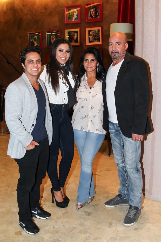 Thammy, Andressa. Gretchen e o marido (Foto: Manuela Scarpa/PhotoRio News)