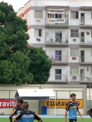 Faixa treino do Botafogo (Foto: Raphael Zarko)
