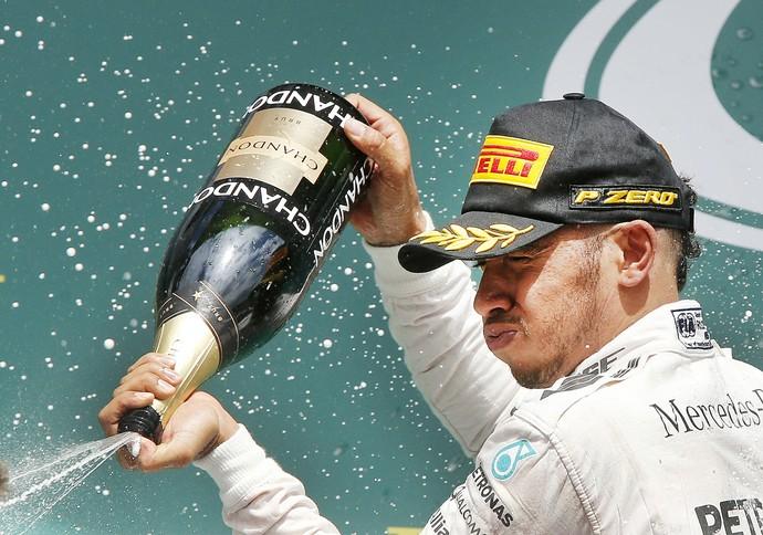 Lewis Hamilton vence GP da Alemanha (Foto: AP)