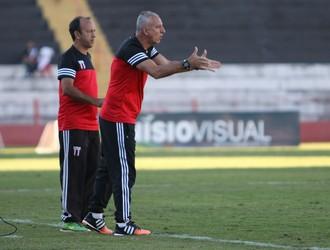 márcio fernandes, técnico do botafogo-sp (Foto: Rogério Moroti/Ag. Botafogo)