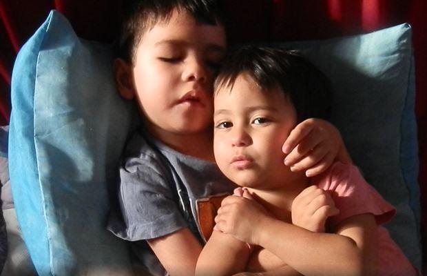 Carlos Eduardo e Ana Carolina sofrem de leucodistrofia metacromática - Goiânia (Foto: Arquivo pessoal)