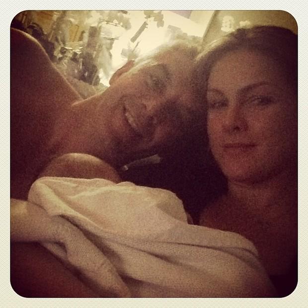 Ana Hickmann com o marido e o filho (Foto: Instagram / Reprodução)