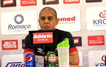 """Fernandinho evita contas no Joinville: """"Matemática no futebol não existe"""""""