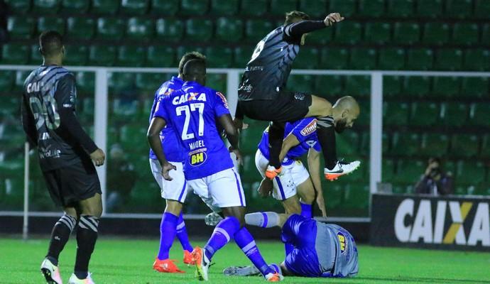 Figueirense x Cruzeiro (Foto: Luiz Henrique / FFC)