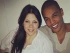 No quarto mês de gestação, Simony se declara para o namorado: 'Te amo'