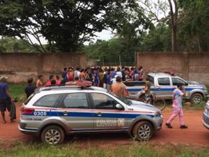 Polícias trocaram tiros com os criminosos (Foto: Adonias Silva/G1)