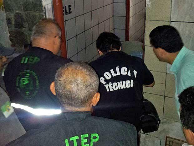 advogado é morto em banheiro de bar (Foto: Jorge Talmon / Inter TV Cabugi)