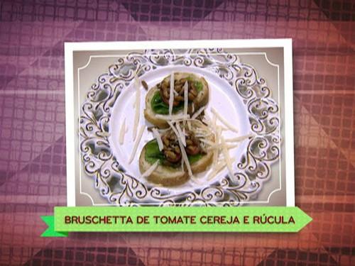 Bruschetta de Tomate Cereja e Rúcula