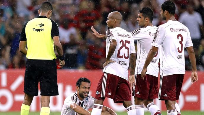 5e7ee4d4c9bc2 Capita do Tri discorda de protesto de jogadores no Fla-Flu e critica ...