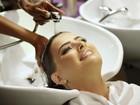Rayanne Morais cuida do cabelo premiado em salão do Rio de Janeiro