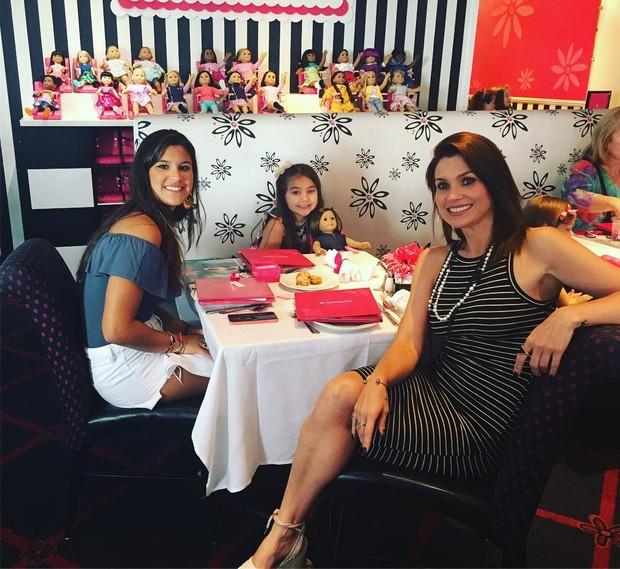 Flávia Alessandra, Olívia e Giulia Costa (Foto: Reprodução / Instagram)