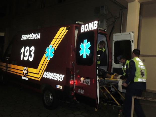 Ciclista de 17 anos foi atropelado por carreta em Botuverá e chegou com vida no hospital (Foto: Rádio Diplomata FM - Brusque/Divulgação)