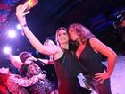 Susana Vieira, Camila Queiroz e mais famosos curtem noite de funk no Rio
