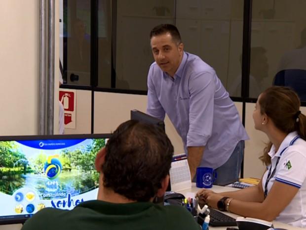 Diálogo com funcionários é essencial, segundo especialista (Foto: Reprodução EPTV)