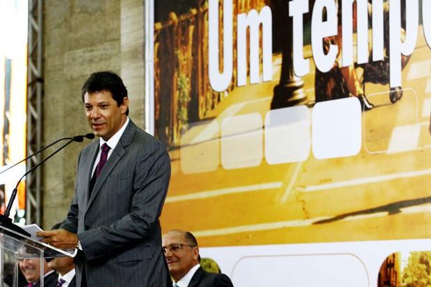 Haddad fez um breve discurso após tomar posse como prefeito de São Paulo (Foto: Alex Vieira/Futura Press/Estadão Conteúdo)