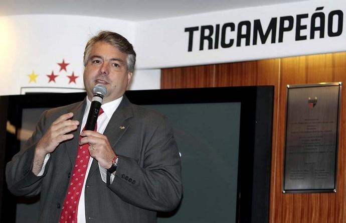 Adalberto Baptista, diretor de futebol do São Paulo (Foto: Site Oficial / saopaulofc.net)