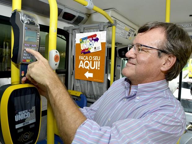 Pagamento de tarifa por cartão bancário nos ônibus começa segunda-feira (Foto: Prefeitura de Jundiaí/Divulgação)