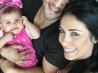 Bella Falconi posta foto em família, com o marido e a filha