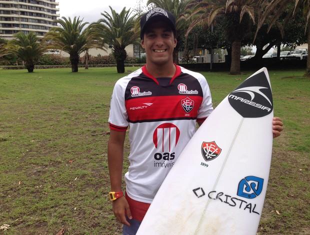 Marco Fernandez surfista atleta do Vitória (Foto: Divulgação)