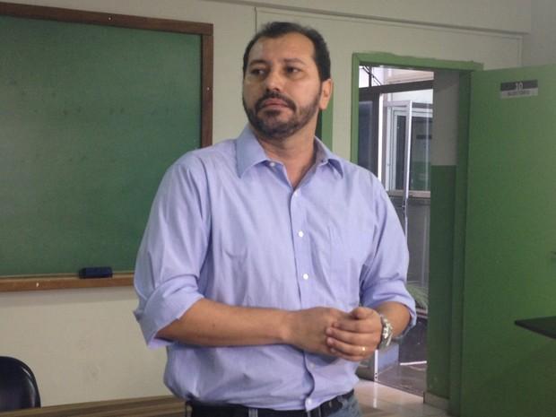 Gerente da Visa, Dagoberto Costa, afirma que investigações sobre clínica continuam Goiás Goiânia (Foto: Vanessa Martins/G1)